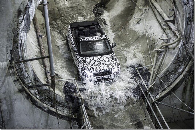 Range Rover Evoque Convertible at Crossrail (4)