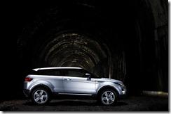 Range Rover Evoque in Indus Silver (1)
