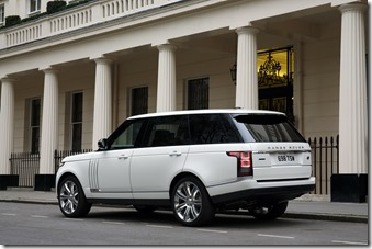 Range Rover LWB in London (2)