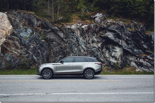 range-rover-velar-first-edition-static (5)