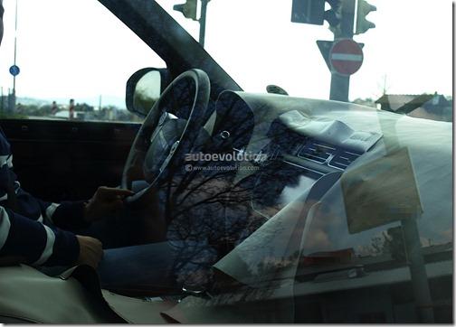 spyshots-2013-range-rover-interior_1[1]
