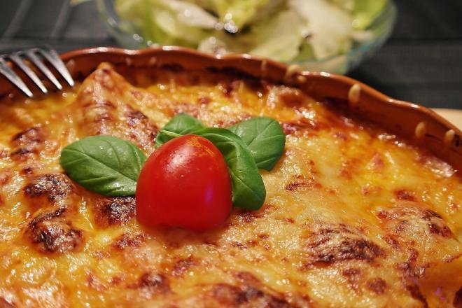 macaroni ovenschotel met salami (1)
