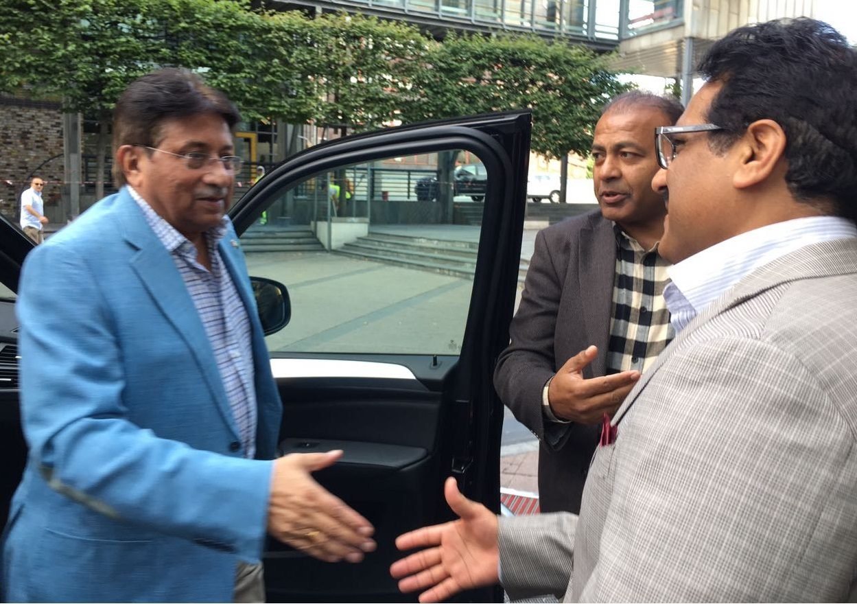 General Musharraf arrives Oslo, Norway