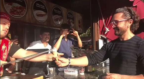 Aamir Khan having Turkish ice cream