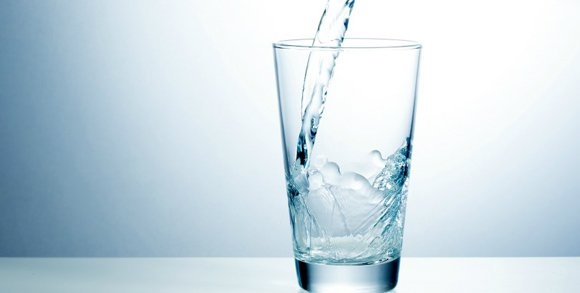 Less Use of Water   10 things that spoil your health   10 habits which can spoil your health