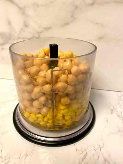 Real corn and chickpeas