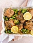 za'atar chicken with lemon on a sheet pan