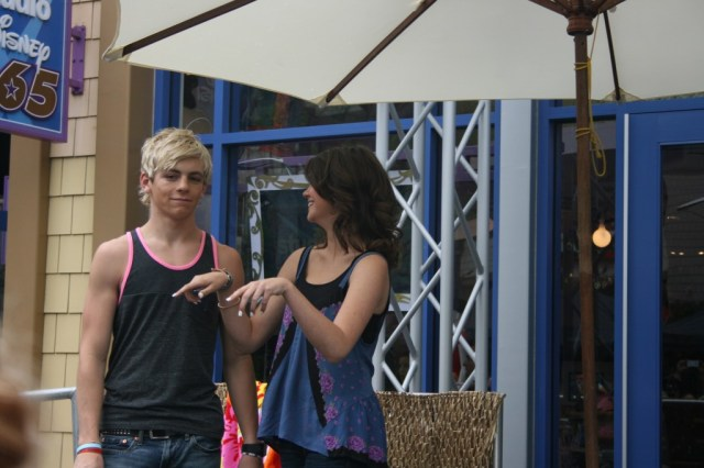 Ross and Maia 2