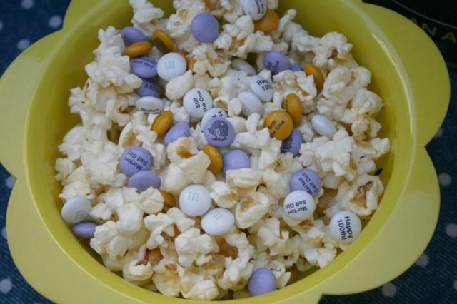 popcorn mixed