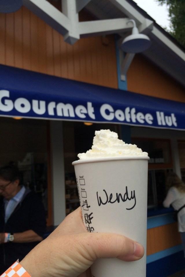 knotts-starbucks-boysenberry-latte