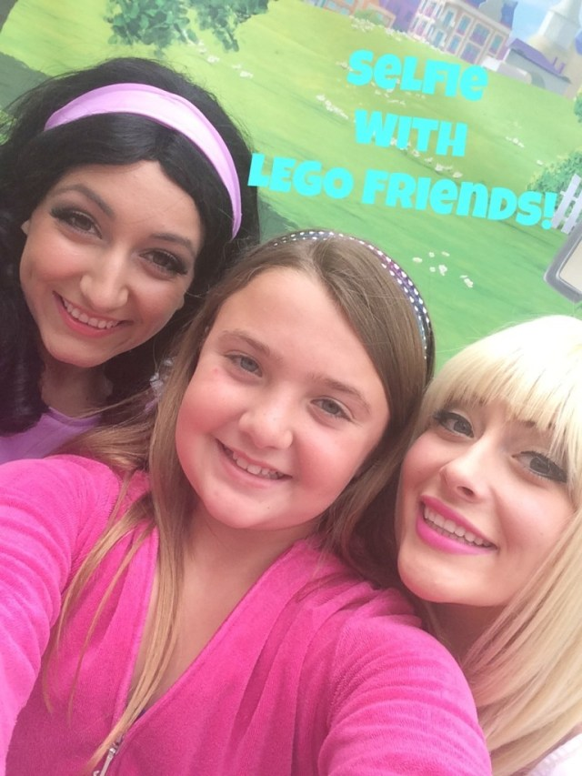 selfie-with-lego-friends-768x1024