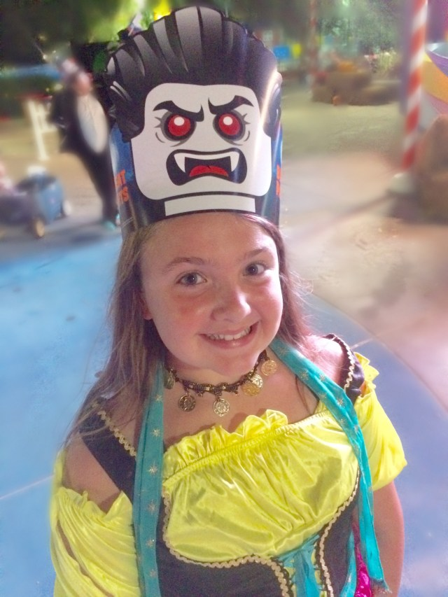 legoland-brick-or-treat-hat