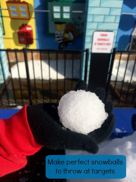 2015-Holiday-Snow-Days-Make-A-Snowball