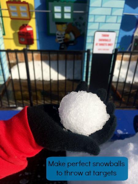 2015-Holiday-Snow-Days-Make-A-Snowball
