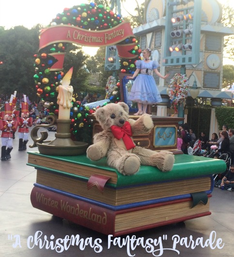 Disney-Holidays-Christmas-Fantasy-float
