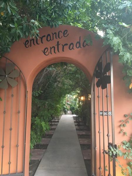 el-mirasol-mexican-restaurant-entrance