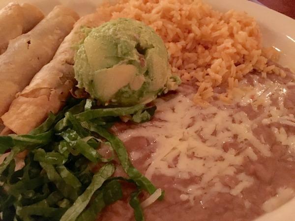 el-mirasol-mexican-restaurant-taquitos