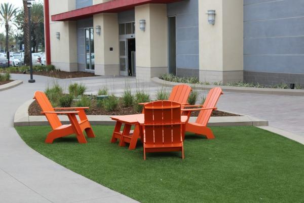 outlets-at-orange-resting-area