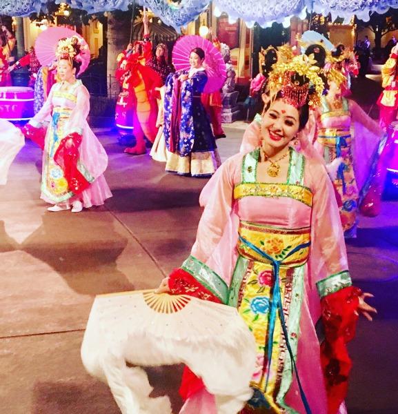 lunar-new-year-dancing