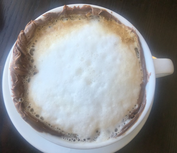 angelinas-pizzeria-top-of-cocoaccino