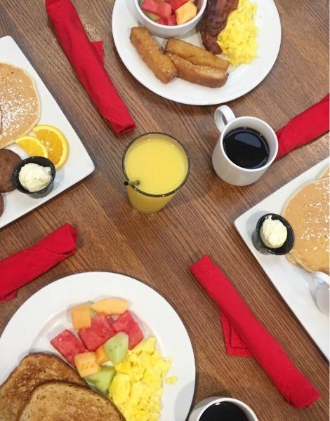 holiday-inn-summer-of-smiles-breakfast-2