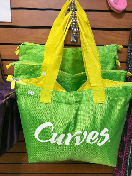 curves-tote