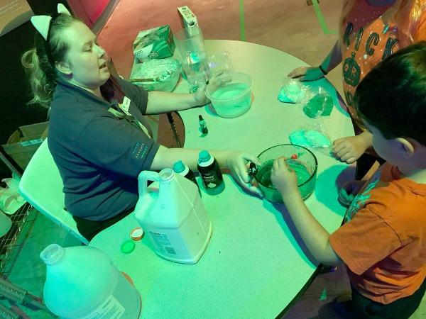 spooky-science-exhibit-slime-1