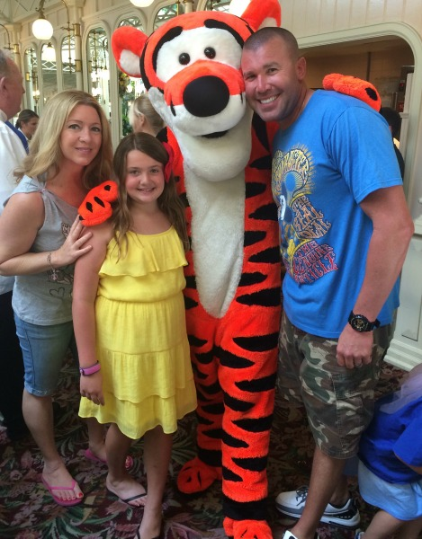 the-crystal-palace-photo-with-tigger