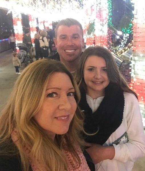 dana-point-harbor-parade-of-lights-family-selfie