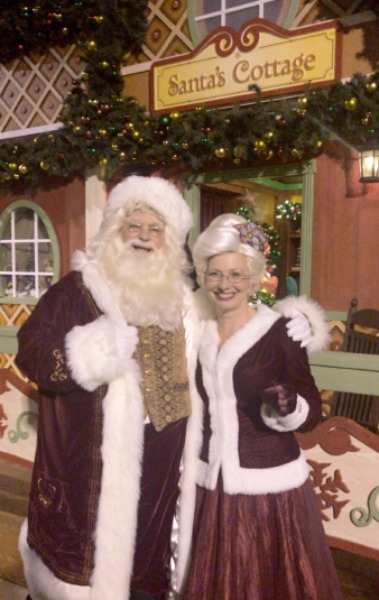 seaworld-santa-and-mrs-claus