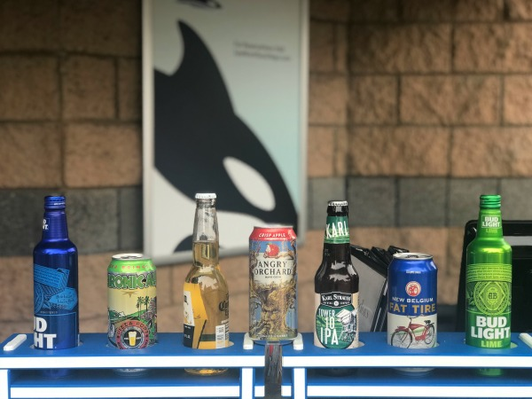 dining-with-orcas-beer-and-wine-available