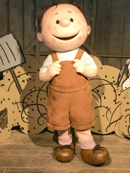 knotts-peanuts-celebration-pigpen