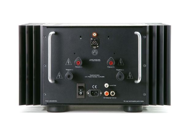 Pass Labs XA200.8