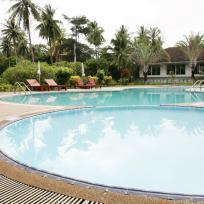 zwembad suan bankrut beach resort
