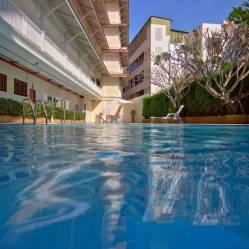 1e zwembad hua Hin