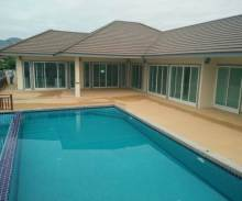 pool villa cha-am te koop