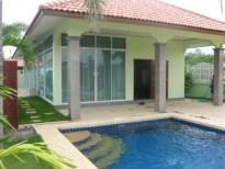 Cha-am villa with private pool