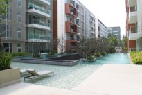 Huahin Takiab Beach Apartment the Breeze for rent