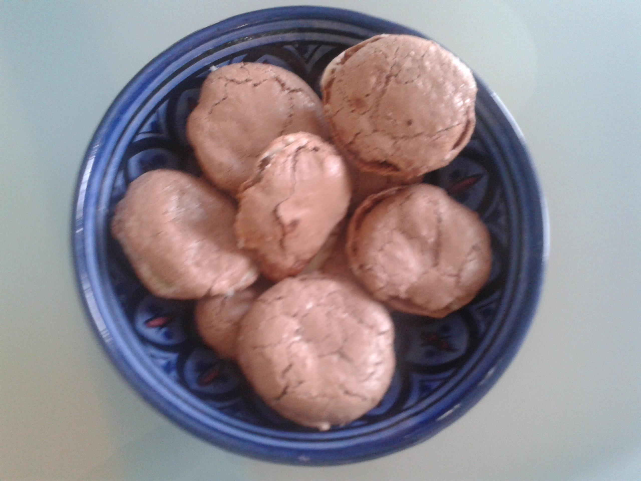 Cacao macarons