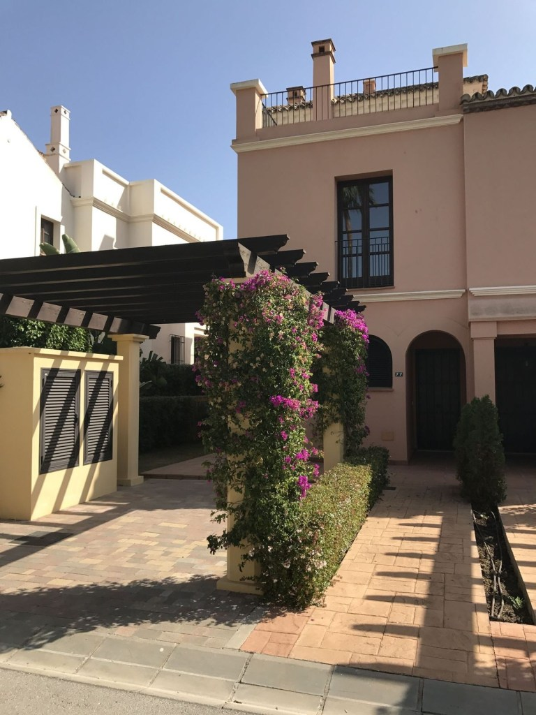 Townhouse – Terraced for Sale in Sotogrande, Cádiz, Spain