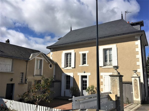 House for Sale in Parthenay