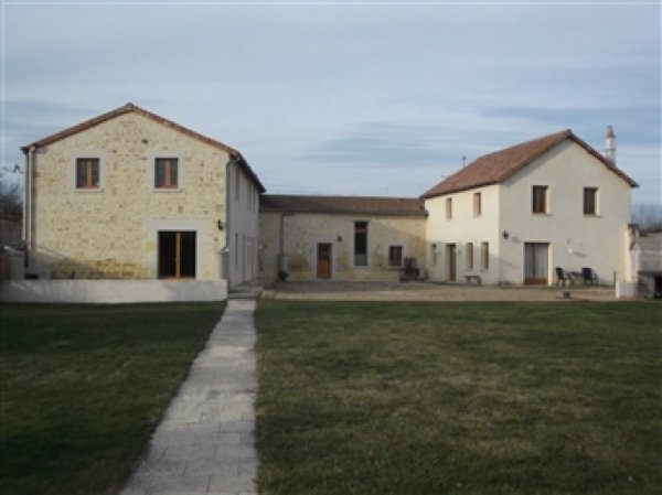 House for Sale in Berrie, Poitou-Charentes, France