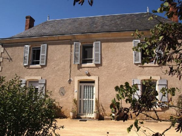 House for Sale in Thenezay, Poitou-Charentes, France