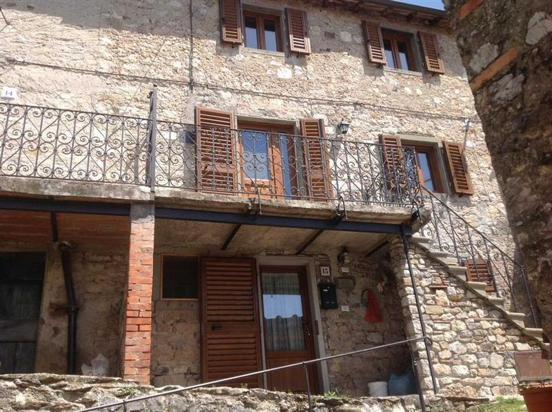 House for Sale in Lucca, Lucca, Italy