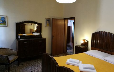 5 Bedroom Apartment for Sale in Venice