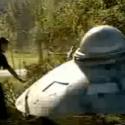 E se um disco voador caísse na Terra? (HUMOR) 12