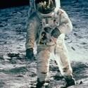NASA fala sobre extraterrestres, enquanto a Rússia contesta as caminhadas na Lua 30