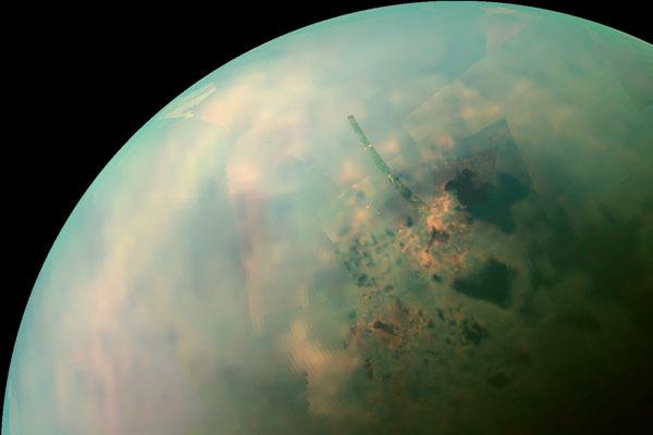Gelo misterioso na superfície de Titã