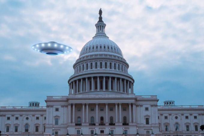 É aprovada nos EUA emenda sobre OVNIs na Lei de Autorização de Defesa Nacional