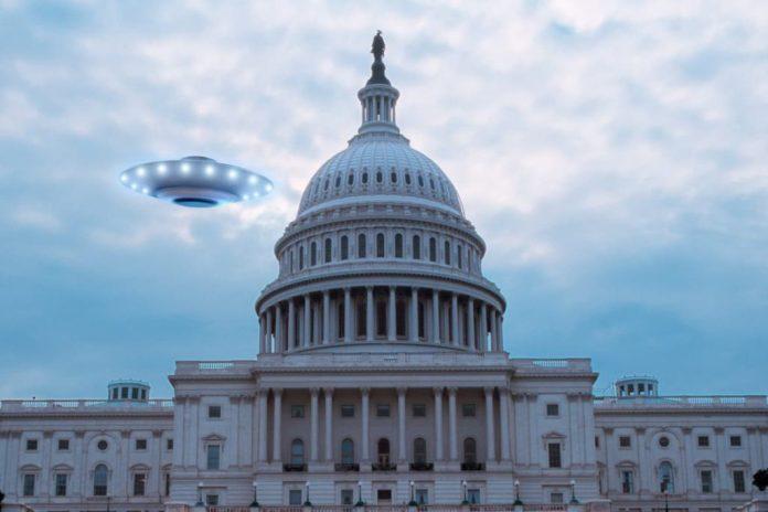 A Marinha reconhece os OVNIs - então por que Washington os ignora?